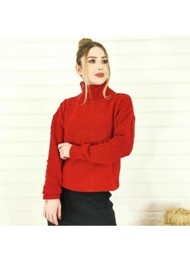 Butikburuç Ponpon Detay Boğazlı Kadın Kazak - Saks Kırmızı